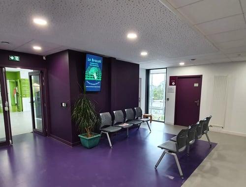 Ecran information patient salle attente