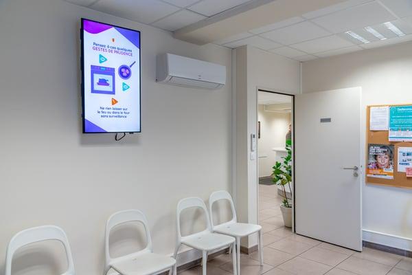 Ecran salle d'attente pédicure-podologue