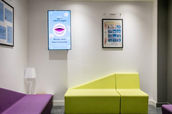 écran affichage salle attente dentiste